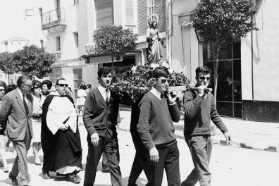Bares - 1966-05-01 MGC Romería a San José de la Juventud Obrera (Eugenio Salas).jpg