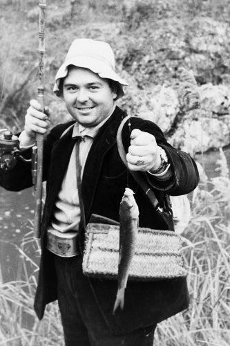 MGC 1960-11-27 828 Marcial García Cañabate de pesca.jpg
