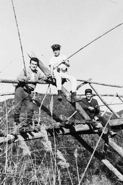 MGC 1964-02-04 048 MGC y amigos pescadores en Tabarla.jpg
